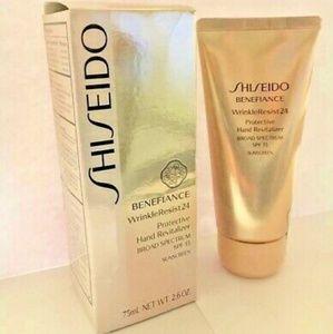 Shiseido Benefiance Hand Revitalizer